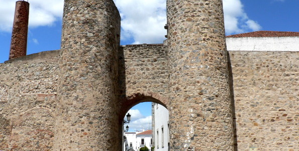 Defensive walls in Olivenza